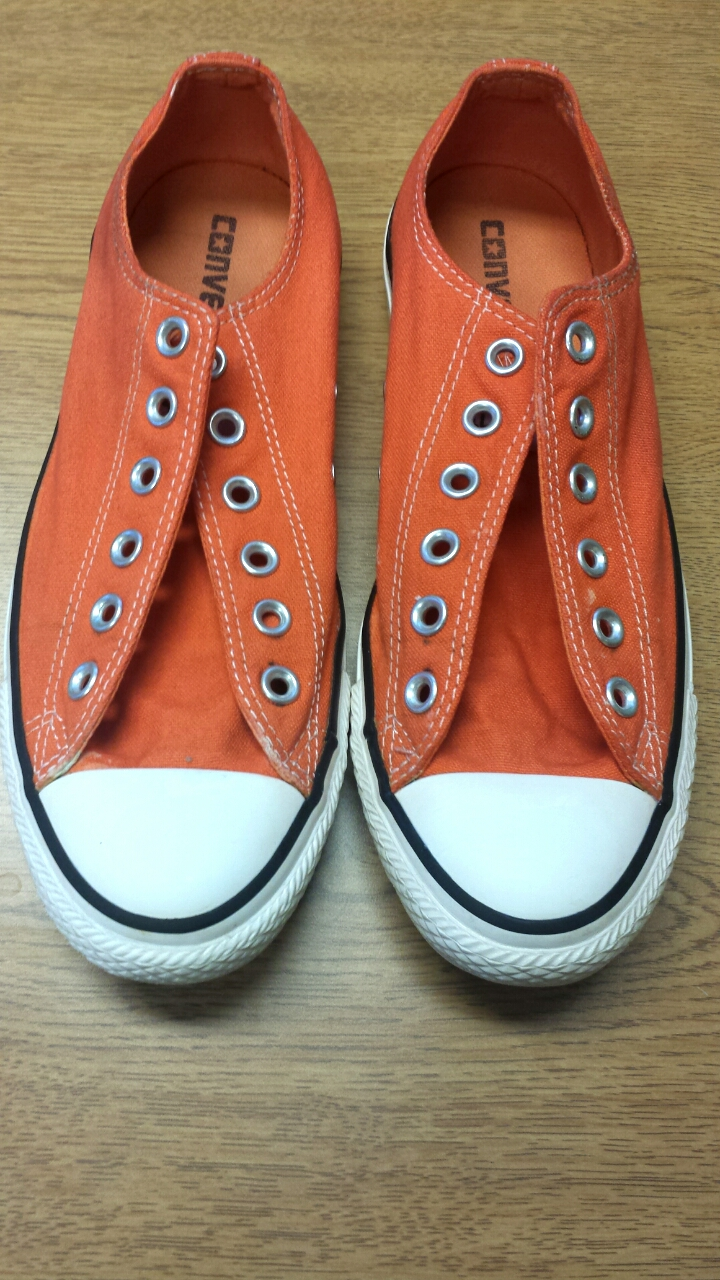 Chucks Dyed Orange
